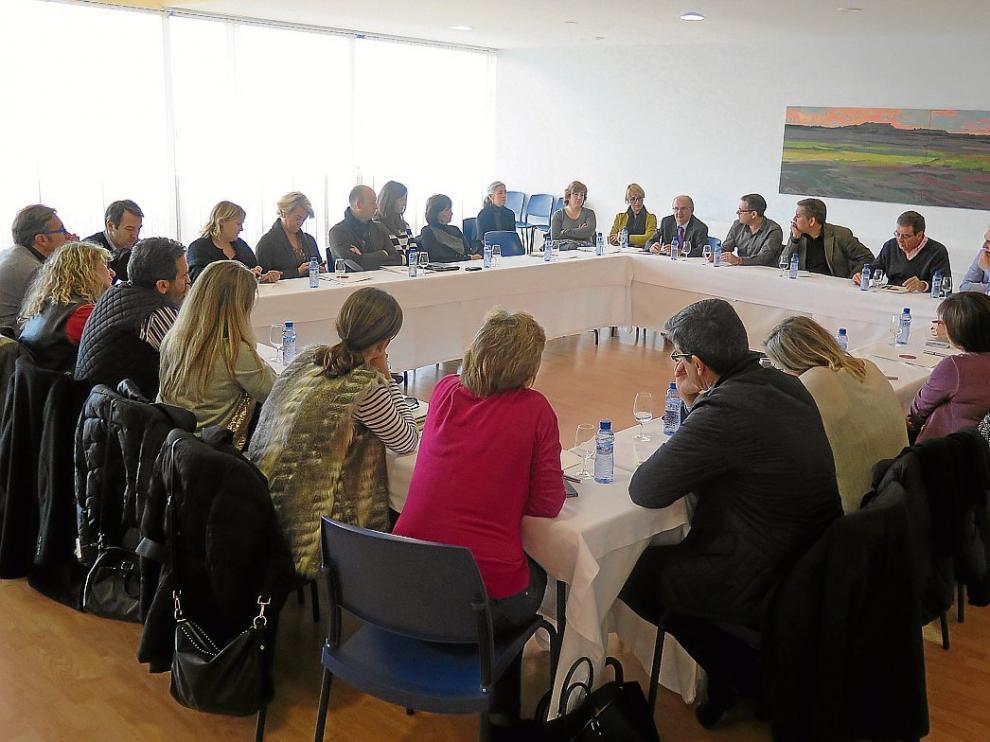Sesión de trabajo en Bodegas Enate para analizar la comunicación y el vino