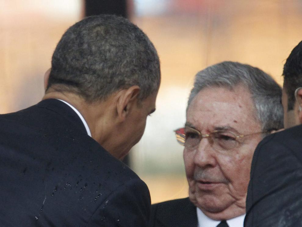 Raúl Castro anuncia el restablecimiento de relaciones diplomáticas con EE. UU