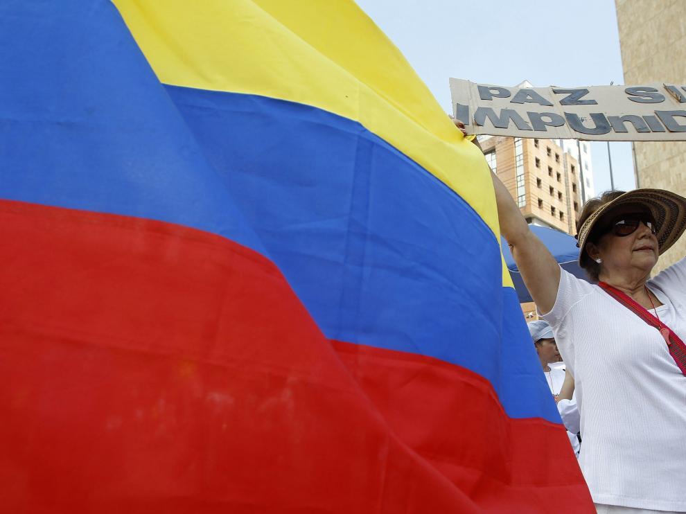 """Las FARC declaran un alto el fuego """"por tiempo indefinido"""""""