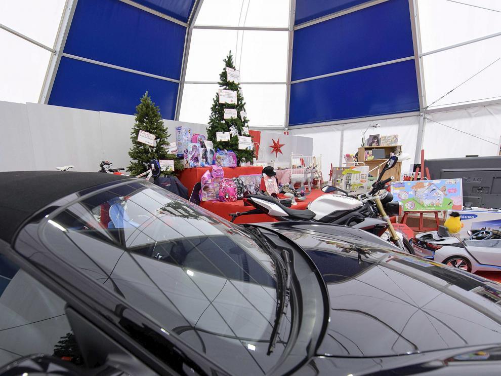 La cesta de Navidad más grande del mundo llega a Zaragoza
