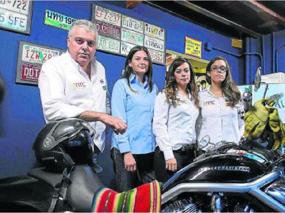 Nicolás Tena, Susana Lloro, Patricia Reyes y Lara Gil, en NTC.