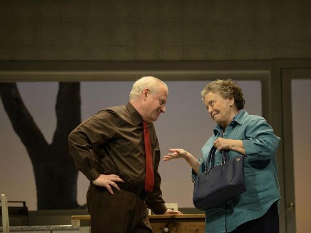 Juan Echanove y María Galiana traen al Teatro Principal  'Conversaciones con mamá'