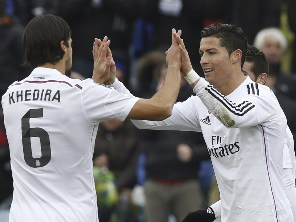 Cristiano y Khedira durante el partido contra el Getafe