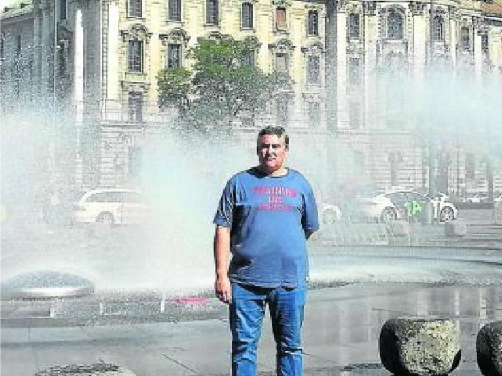 Foto de Jesús García Flores, técnico de Schindler Zaragoza, en Alemania.