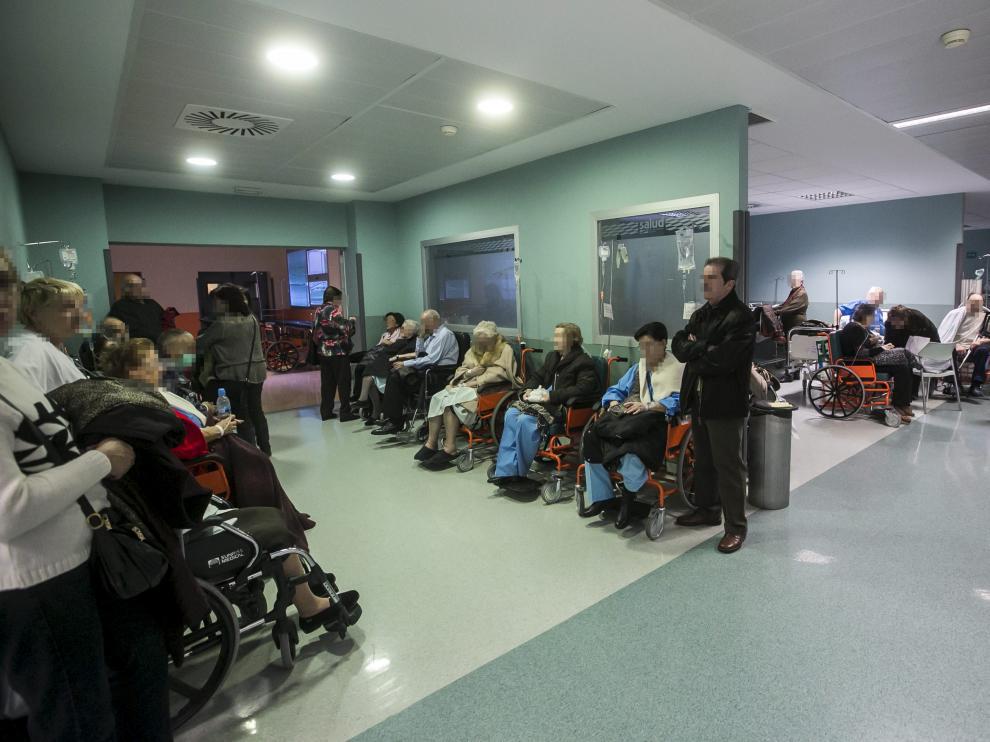 Durante la mañana, las urgencias de del Hospital Miguel Servet estuvieron a rebosar