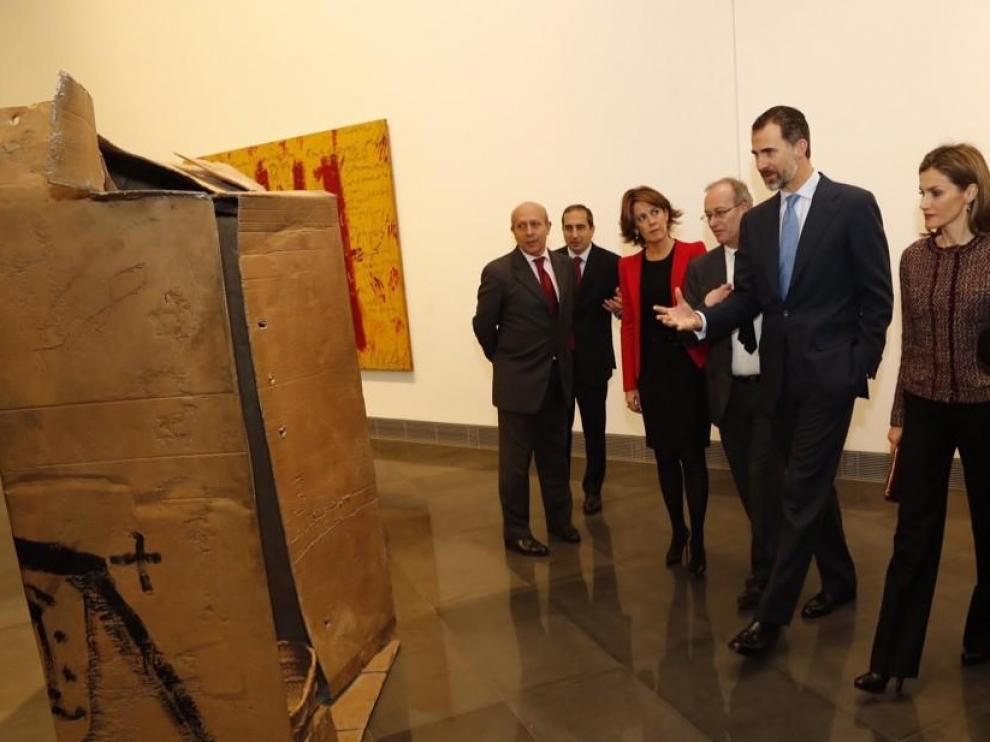 Los Reyes inauguran el Museo de la Universidad de Navarra