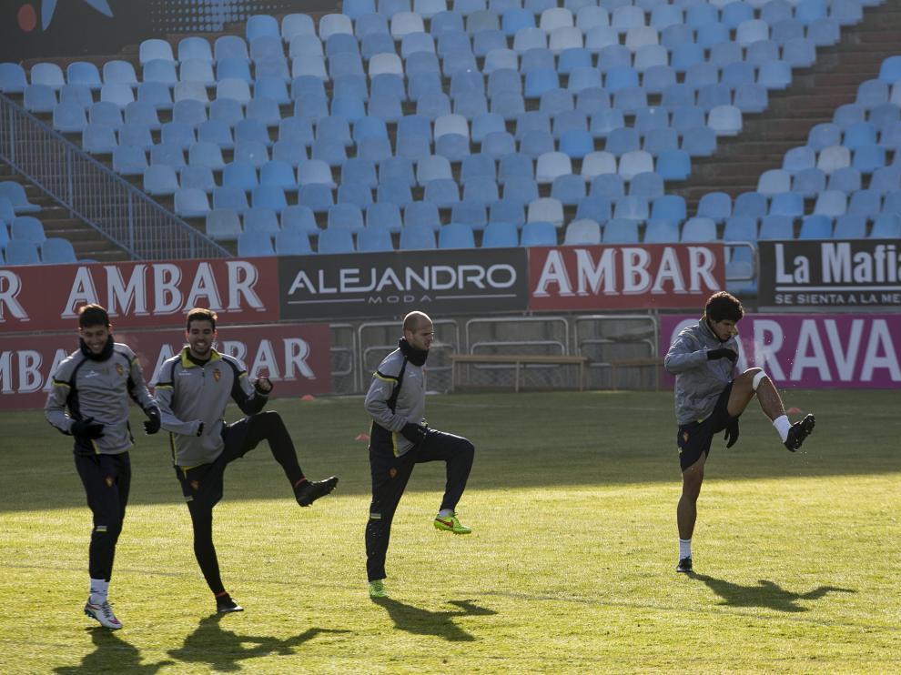 Bono, Cabrera, Basha y Vallejo se ejercitan en el estadio de LaRomareda.