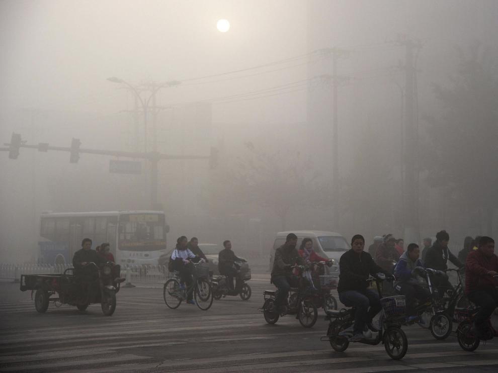 'Los viajes del smog', el nuevo corto de Jia Zhangke plagado de mascarillas
