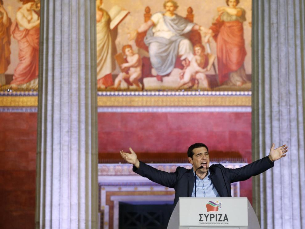Tsipras celebra la victoria ante sus simpatizantes