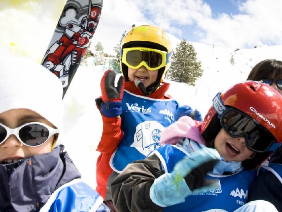 Las gafas de sol se convierten en un objeto imprescindible en la nieve.