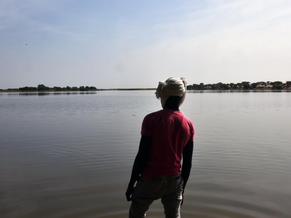 Un superviviente de Boko Haram, en el lago Chad, en la frontera con Nigeria