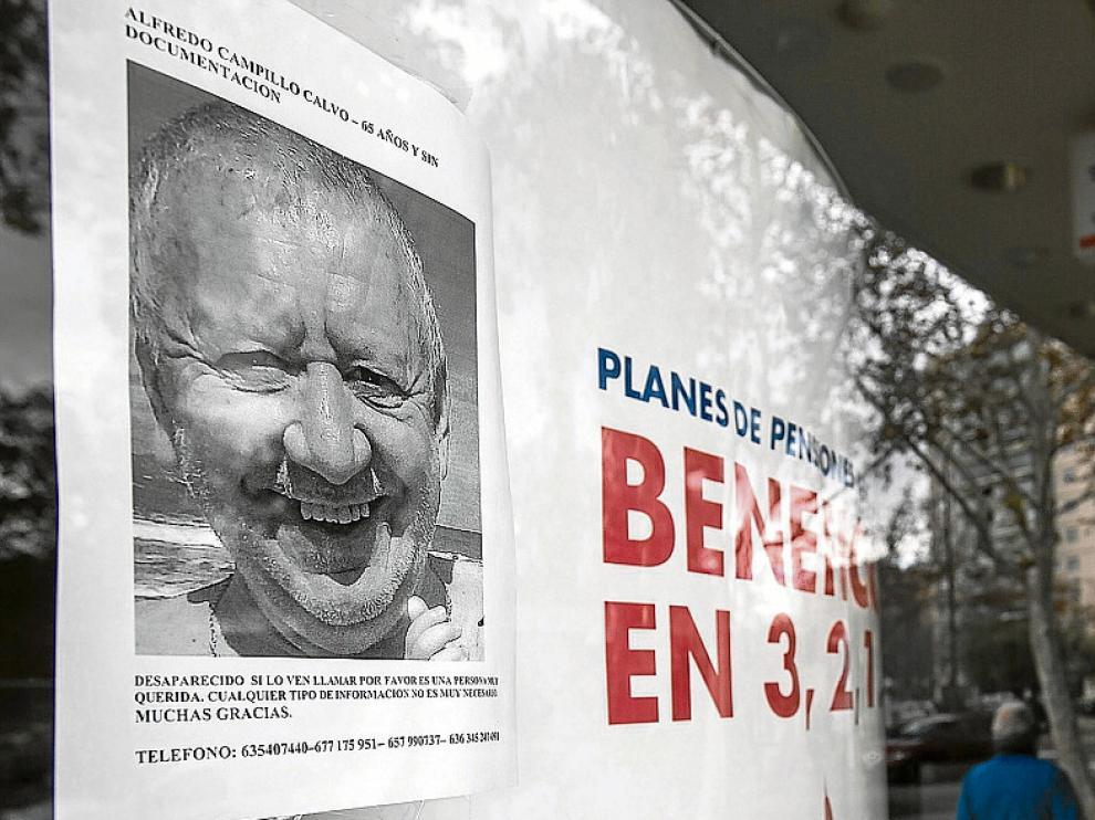 Un cartel del desaparecido en la zona de Universidad.