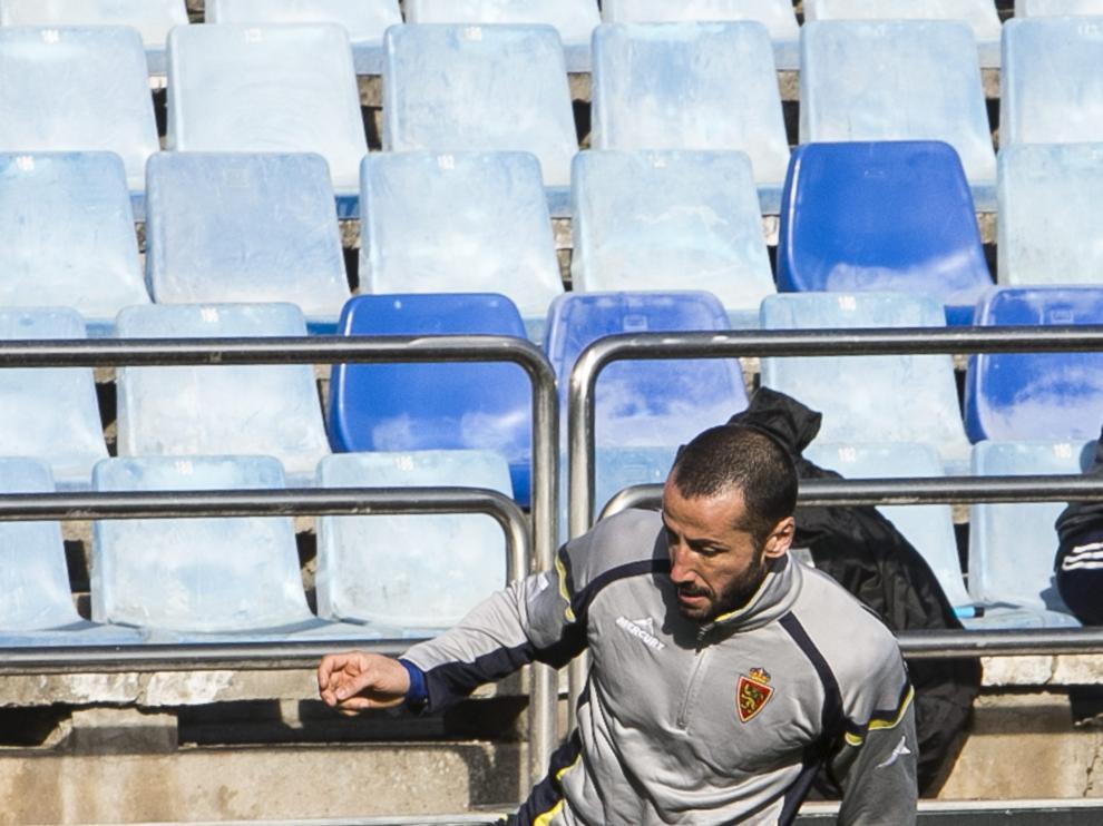 Mario durante un entrenamiento en La Romareda (Archivo)