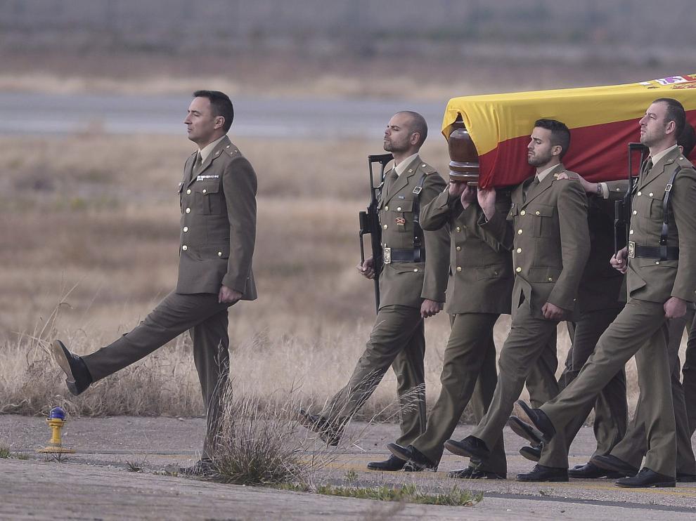 Emoción militar y honores para despedir al cabo  Francisco Javier Soria, fallecido en Líbano