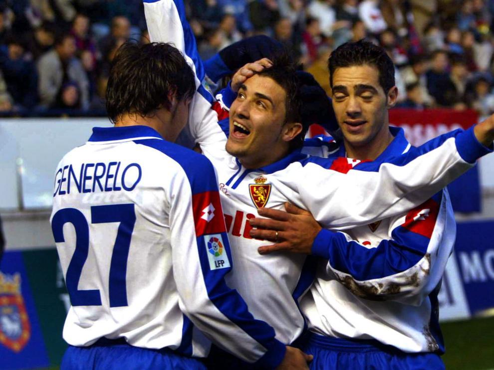 Villa celebra su gol en la última victoria del Real Zaragoza en El Sadar