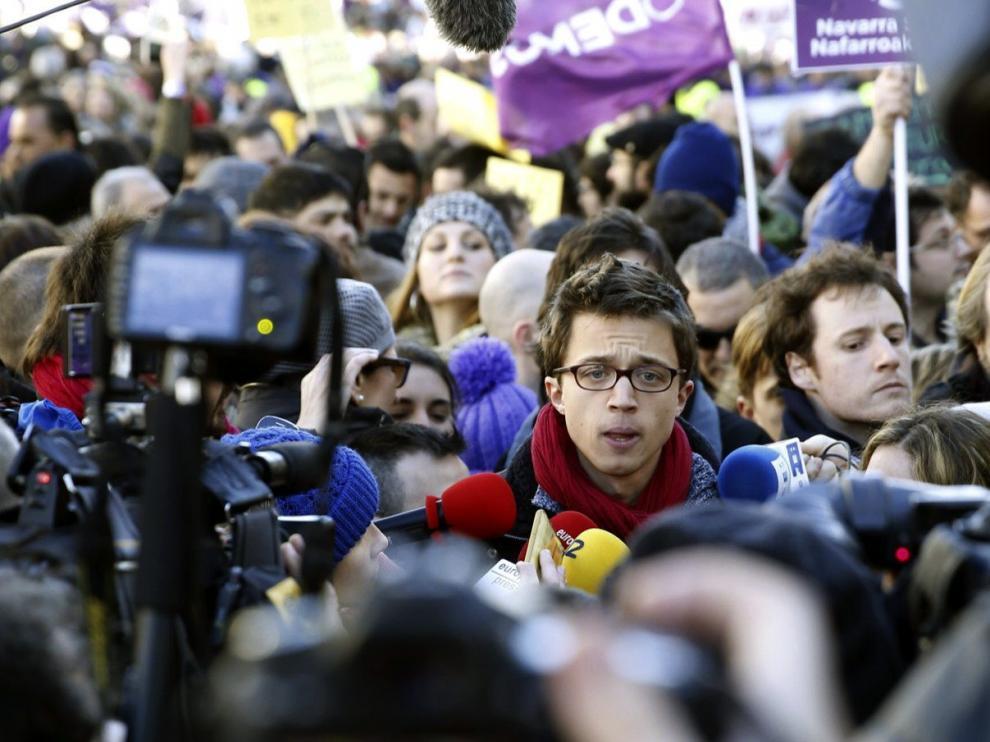 El secretario de Política de Podemos, Íñigo Errejón, durante su intervención previa a la 'Marcha por el cambio'