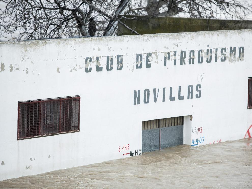 Estado de algunas instalaciones en la localidad de Novillas