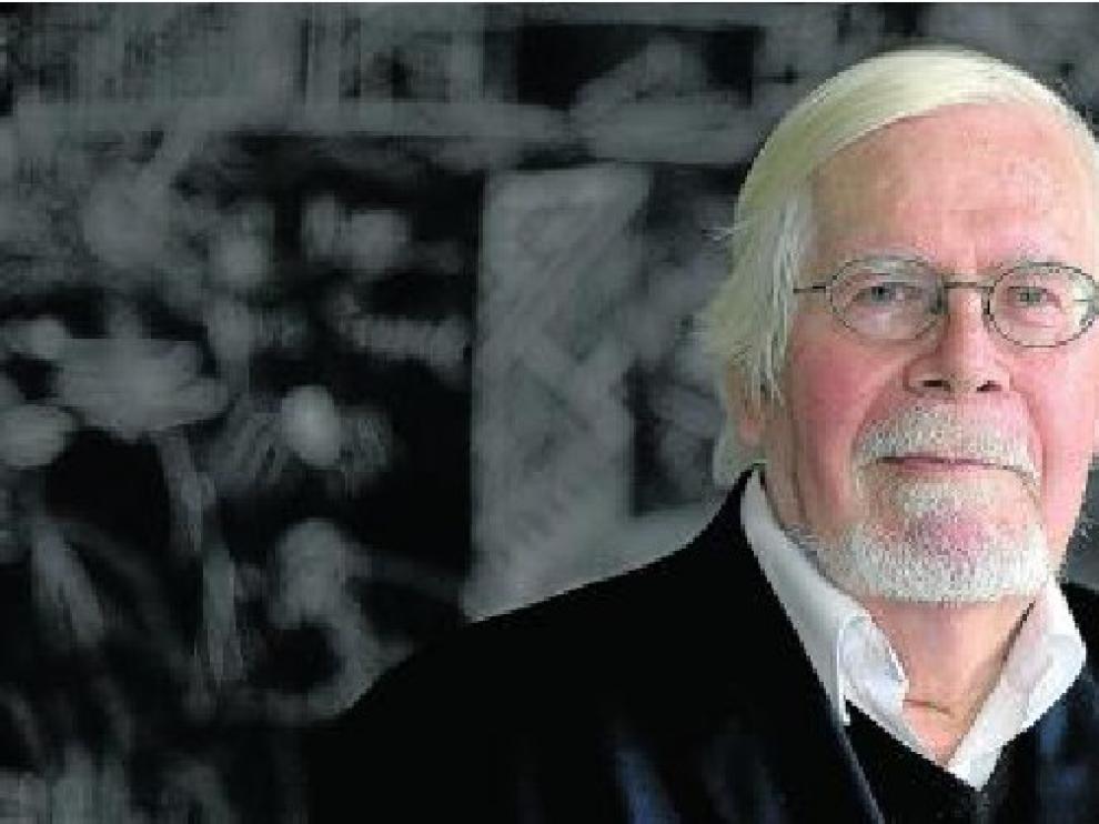 El estudioso Nigel Glendinning, siempre fiel a la autoría del Coloso.