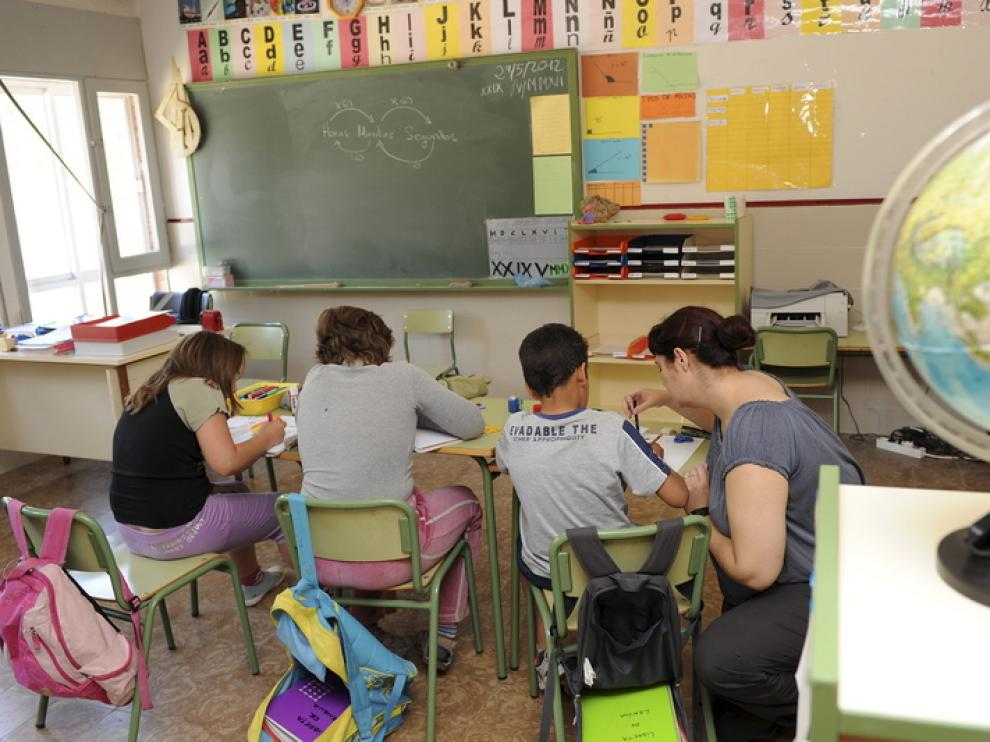 Imagen de archivo de una escuela rural