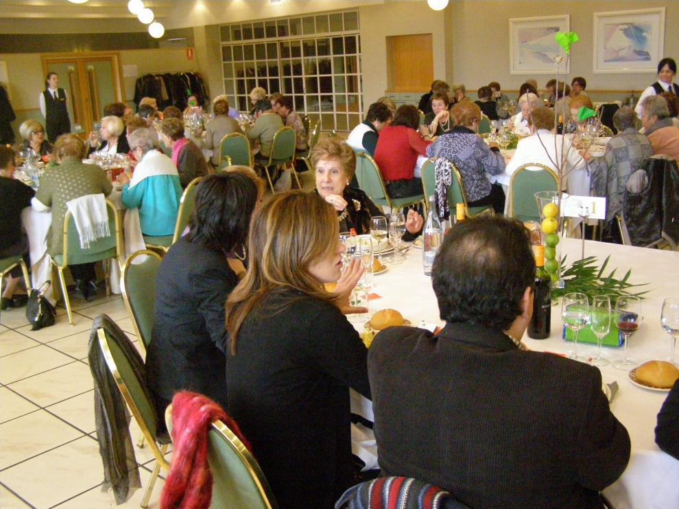 150 mujeres han participado en la comida de hermandad organizada por el Centro de Cultura Popular de Tarazona