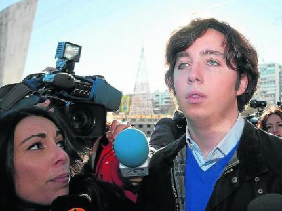 El pequeño Nicolás, a la salida ayer de los Juzgados de Plaza de Castilla.