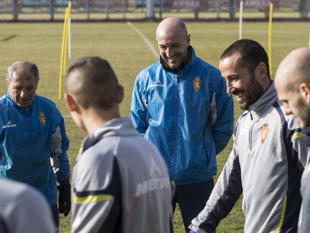 Popovic y sus jugadores, en un entrenamiento