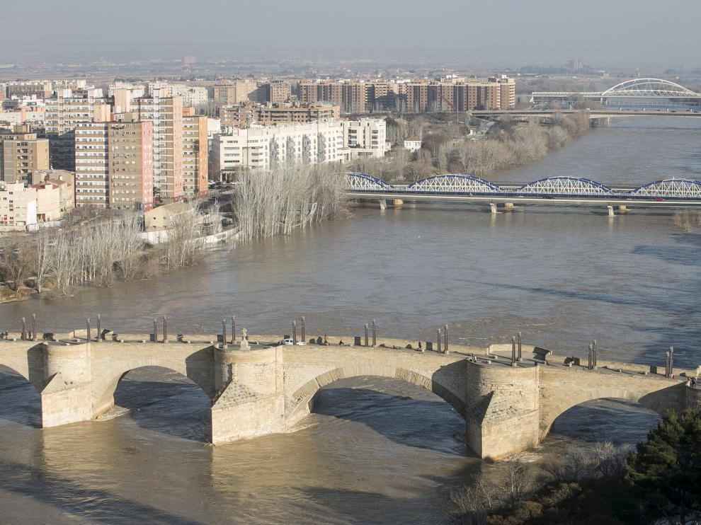 La CHE espera otra crecida del Ebro para el domingo, la tercera en tres semanas