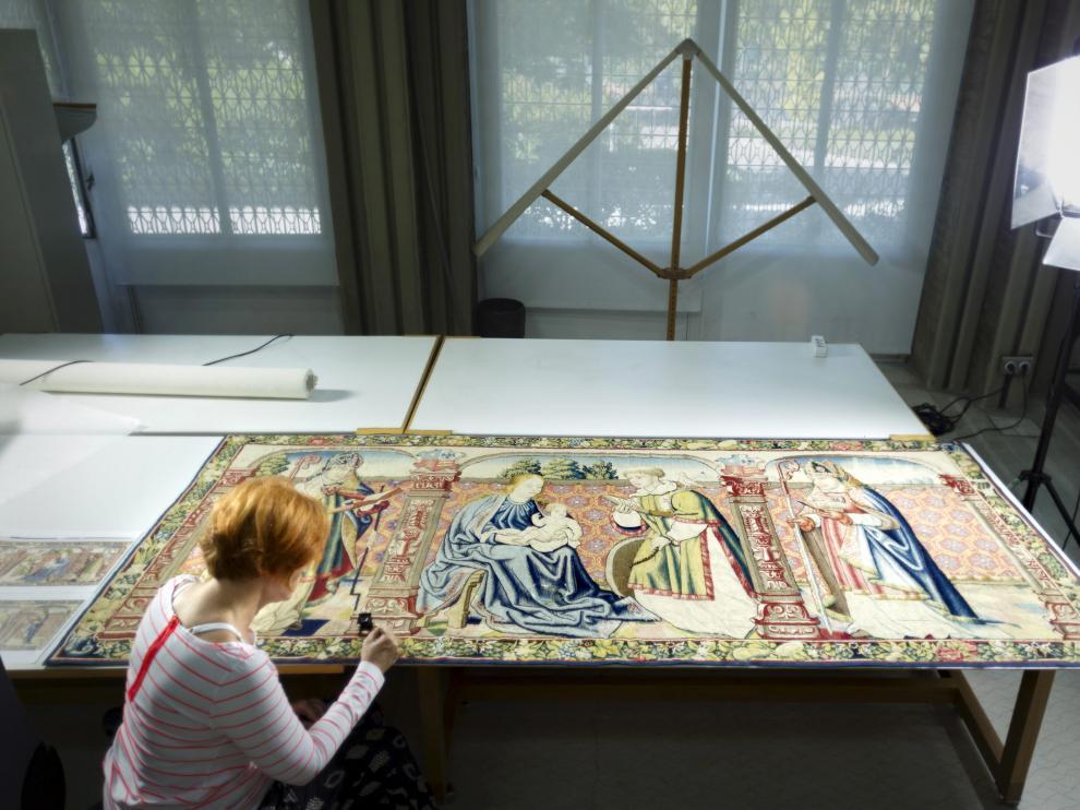 Concluye la restauración del tapiz de Roda de Isábena, robado en 1979 y que volverá a Huesca