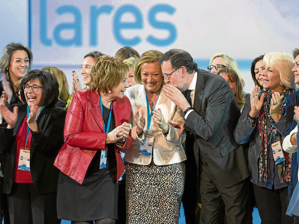 El PP homenajea en su convención a las alcaldesas que rompieron la hegemonía del PSOE