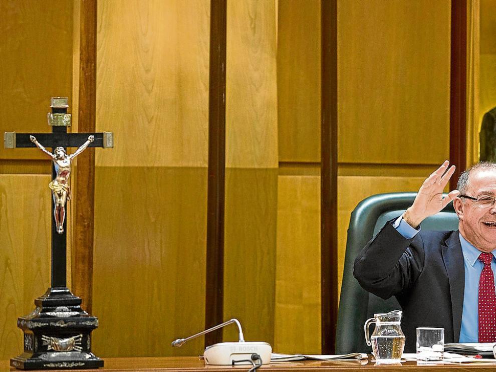 El vicealcalde, Fernando Gimeno, en el pleno ordinario del pasado mes de diciembre.