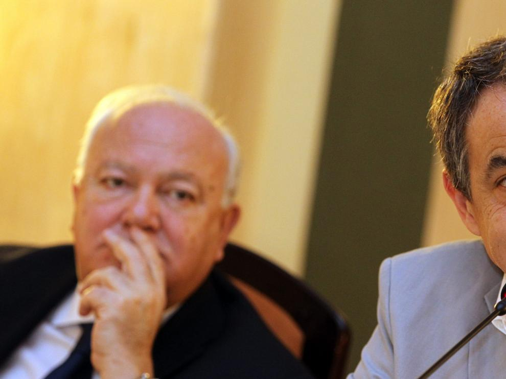 El expresidente Zapatero, junto a Moratinos