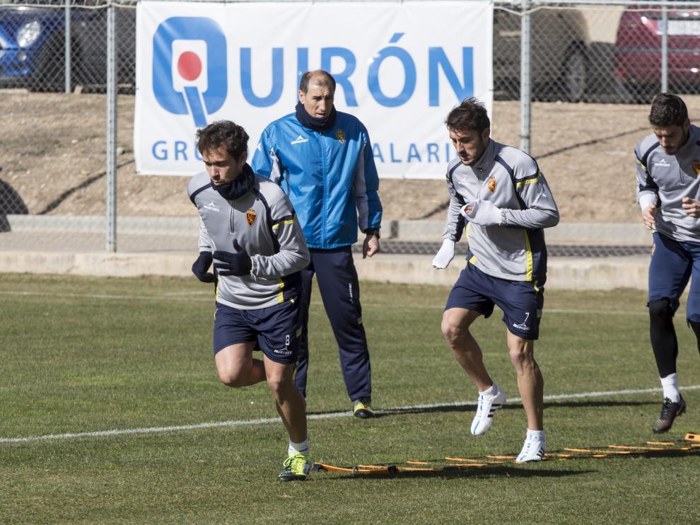 Lolo, Eldin y Alcolea, durante un entrenamiento