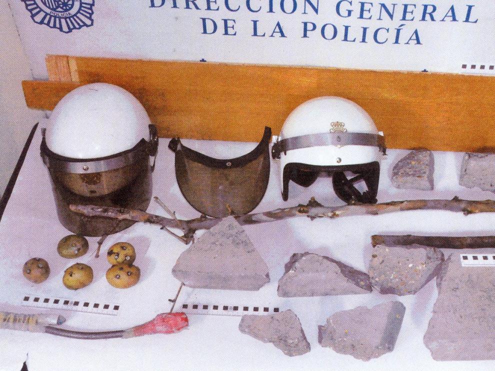 13 detenidos y 5 policías heridos tras una riña entre fascistas y antifascistas en Las Fuentes