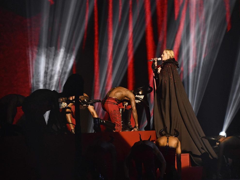 Madonna en la gala de los premios Brit en Londres