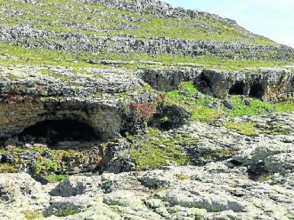 Abrigos en el barranco de la Pardina, Huesca, que han sido estudiados en la investigación.