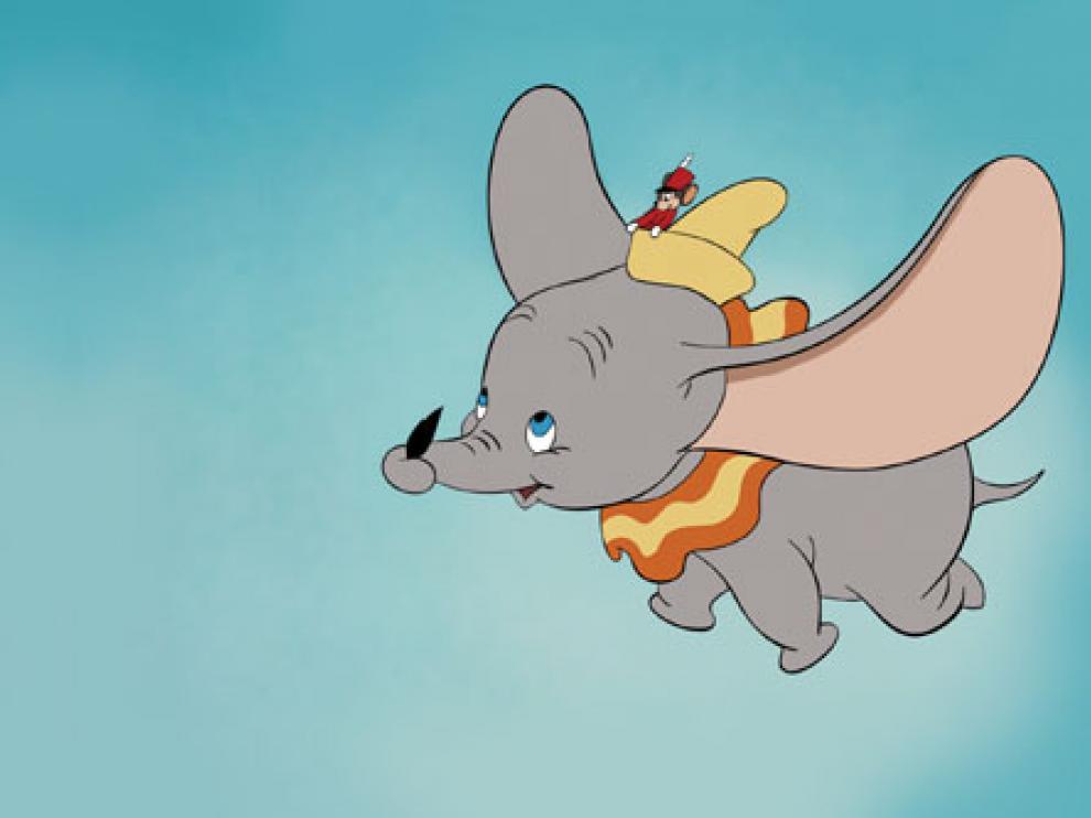 Una asociación en defensa de animales pide a Tim Burton cambiar el final de Dumbo