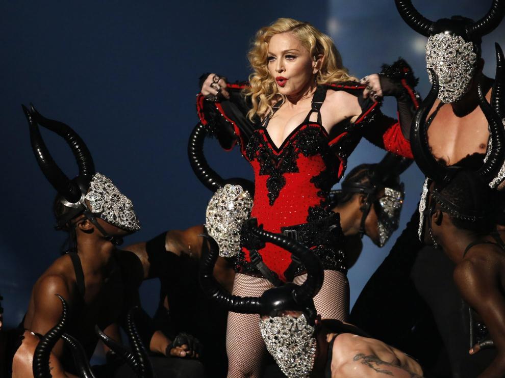 Madonna durante una actuación