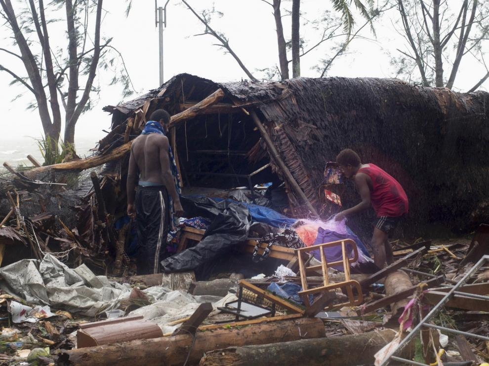 Casas destruidas en Vanuatu tras el paso del ciclón Pam