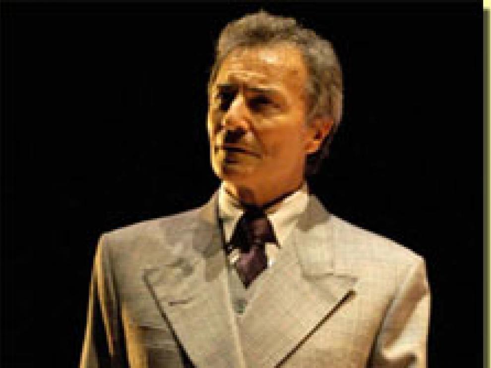 El actor Jose Luis Pellicena en la representación de 'El retrato de Dorian Grey'