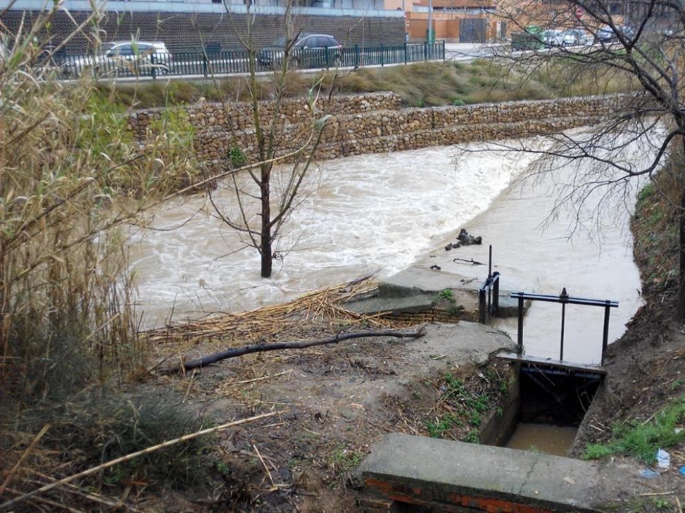 El río Huerva a su paso por Cuarte este martes