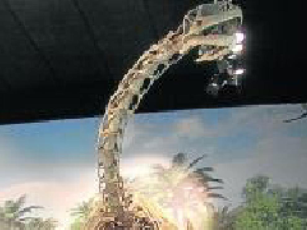 Esqueleto a tamaño natural de Turiasaurus riodevensis, en la sede de Dinópolis en Riodeva.