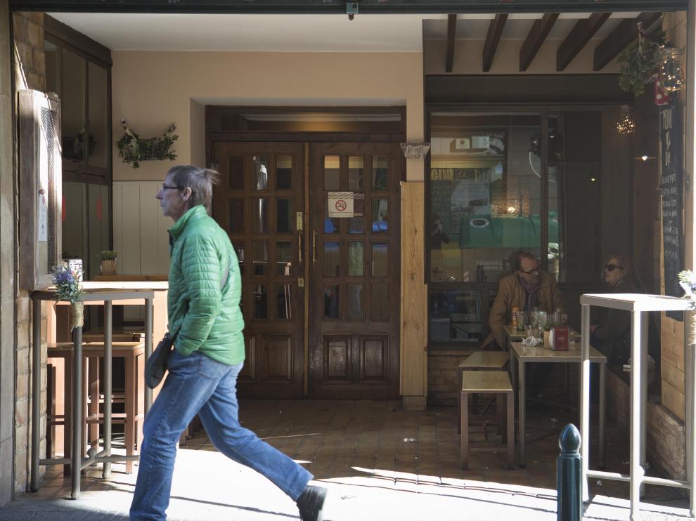 'Terrazas interiores' en bares de Zaragoza