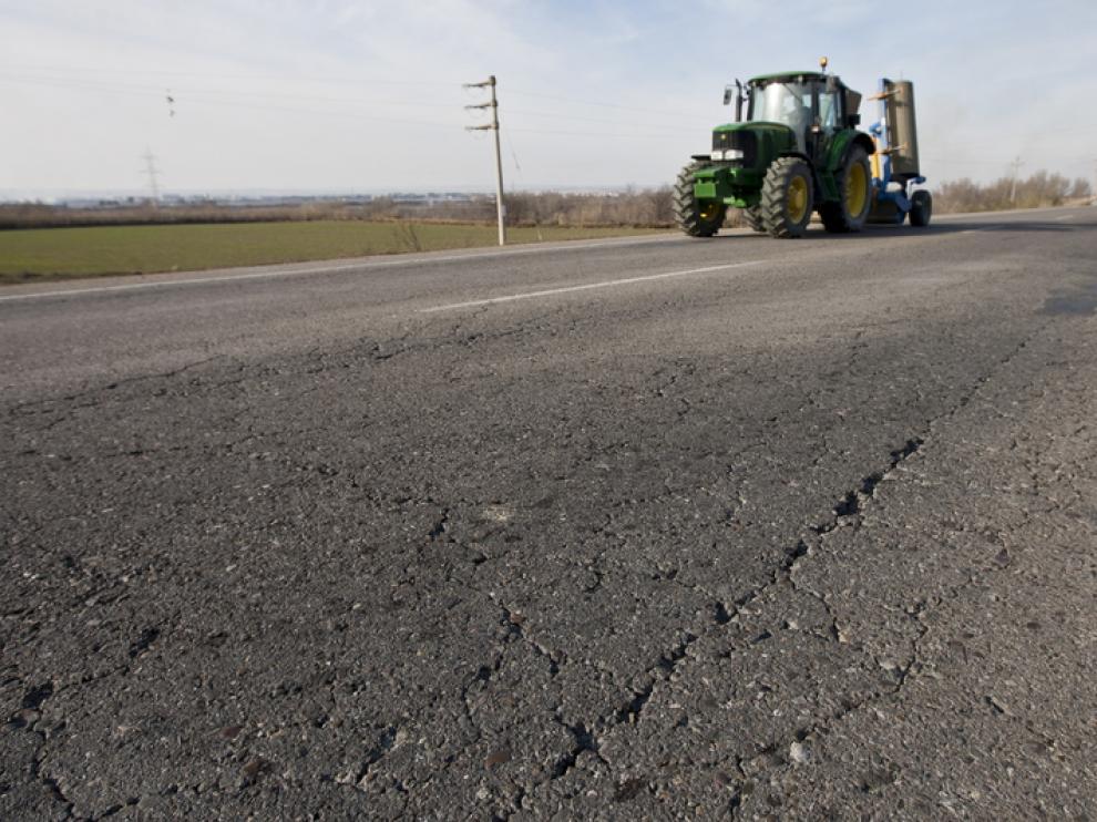 """El firme de las carreteras aragonesas, """"muy deficiente"""""""