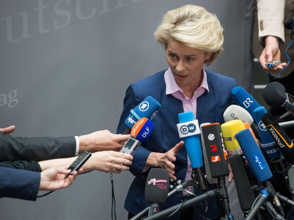La ministra de Defensa alemana, Ursula von der Leyen, reconoció las deficiencias armamentísticas