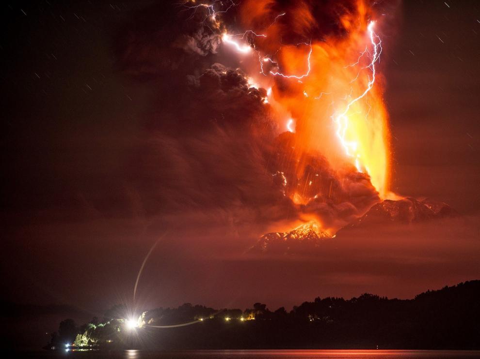El Calbuco en erupción