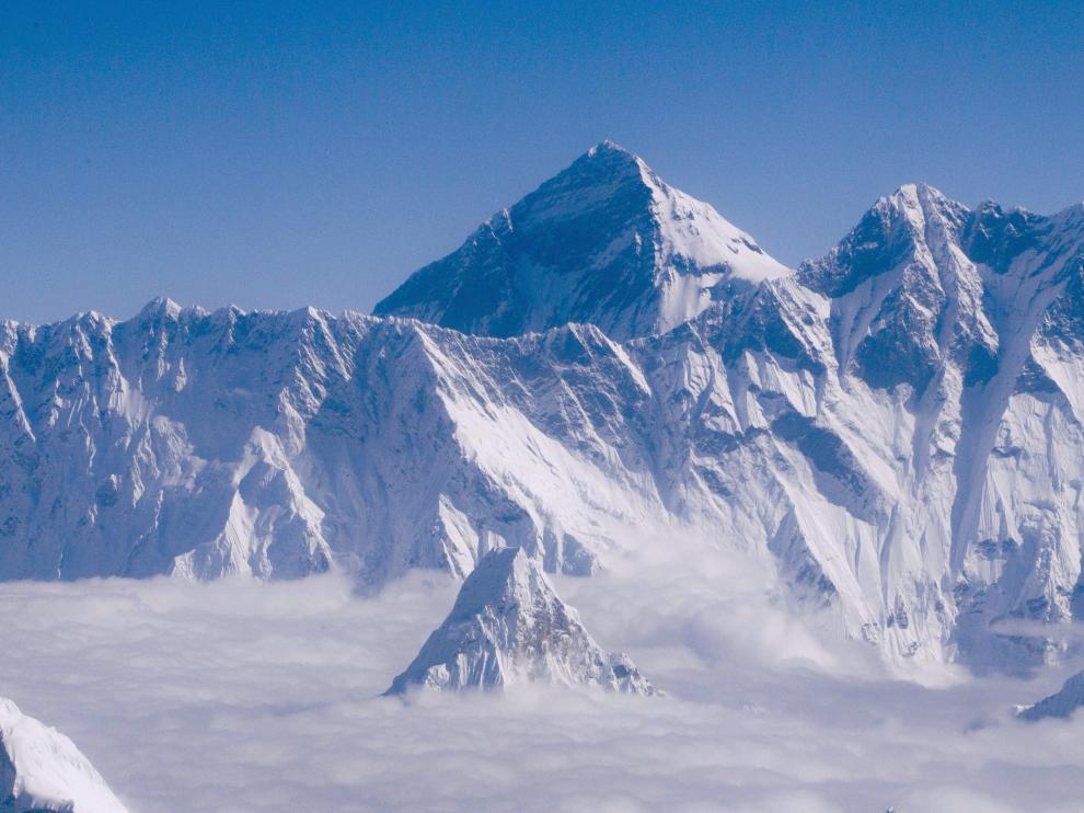 Vista del Everest tomada este sábado