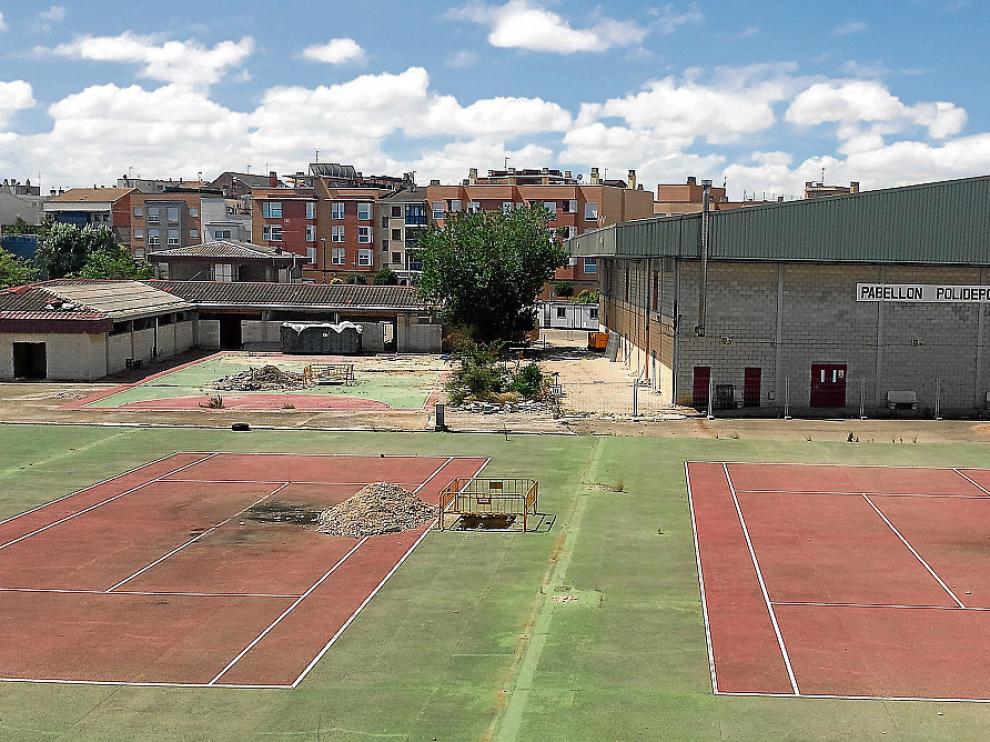 Los trabajos para reformar el pabellón de Las Fuentes, en la imagen, apenas llegaron a empezar.