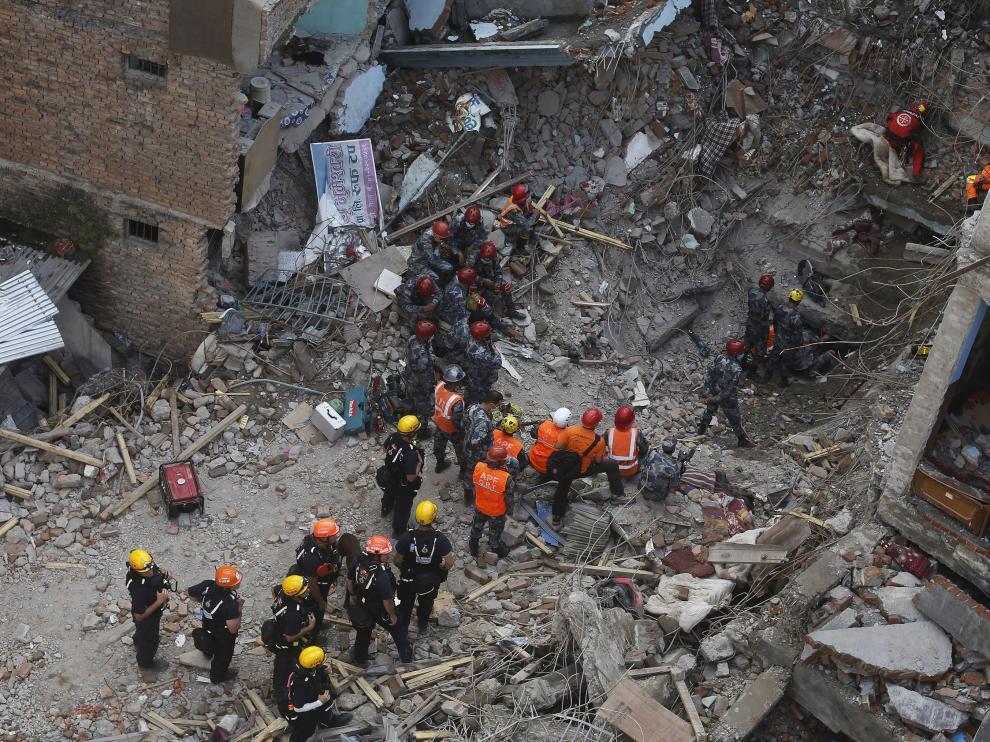 ?El terremoto de Nepal ya ha dejado más de 6.000 muertos y 13.000 personas heridas