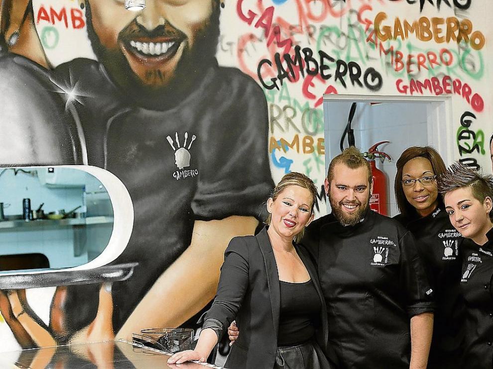 Mónica Morales, Franchesko Vera, Patricia Lopes, Flor García y Fernando Reyes