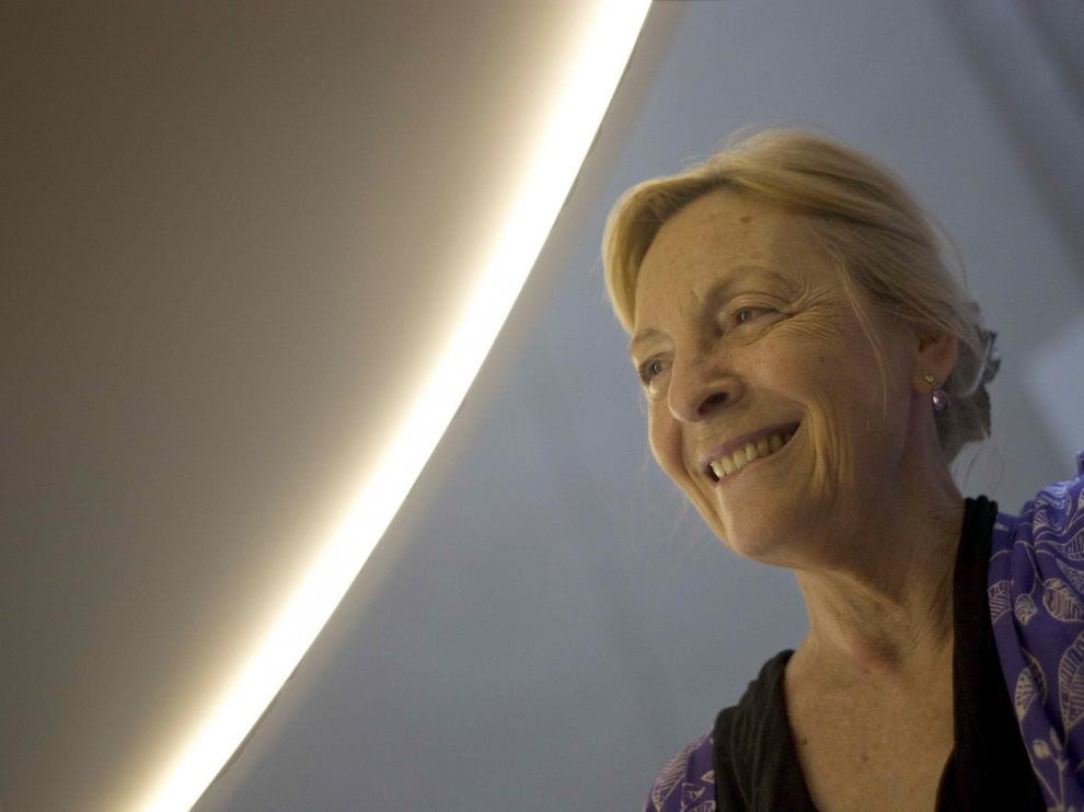 La escritora Soledad Puértolas tras la presentación de su libro 'El fin', en Barcelona.